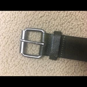 Leather belt with silver detailing quality belt